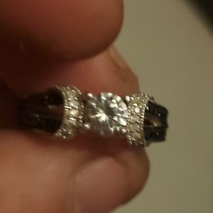 Handmade silver setting with 1ct vvs2 on top although 1ct of black and white diamonds for Sale in Murfreesboro, TN