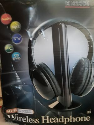 Wireless headphones for Sale in Huntington Beach, CA