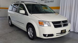 2010 Dodge Grand Caravan SXT WHITE for Sale in Cleveland, OH