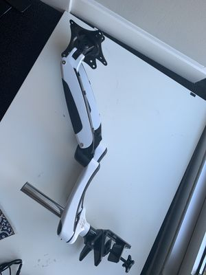 Dual screen monitor arm for Sale in Chicago, IL