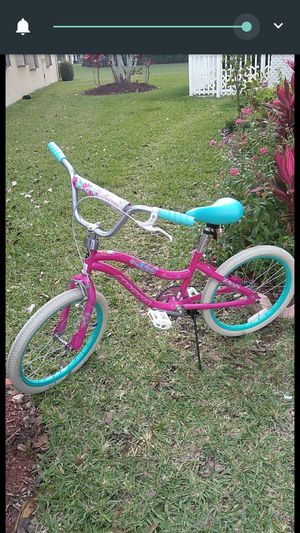 Magna Pearl 20 inch bike for Sale in Loxahatchee Groves, FL