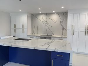 Kitchen Countertops and Cabinets! for Sale in Hialeah, FL