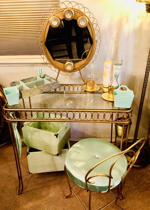 Urban Outfitters Vanity Gold Glass Set and extras for Sale in Los Angeles, CA