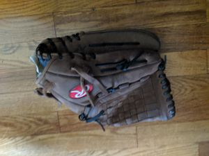 Rawlings 13 inch baseball left handed throw for Sale in Fraser, MI