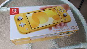 Nintendo Switch Lite Yellow bundle for Sale in Lutz, FL