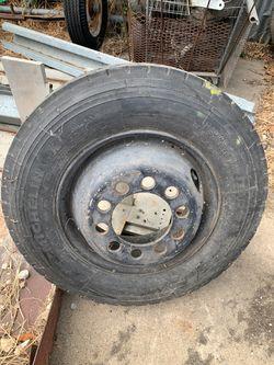 Michelin 215/75/17.5 trailer tires heavy duty for Sale in San Antonio,  TX