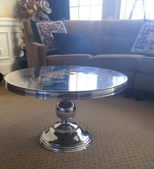 Round metal coffee table- silver for Sale in Ashburn, VA