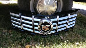 2013-2015 Cadillac SRX Grille w/out Pre-crash System for Sale in Dallas, TX