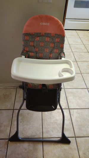 High chair for Sale in Florence, AZ