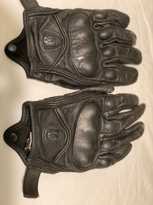 Men's icon motorcycle gloves for Sale in Melrose Park, IL