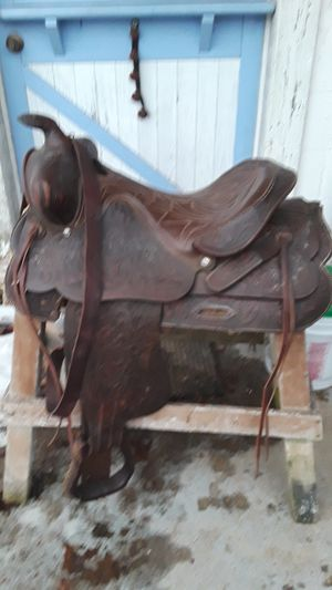 Western Saddle for Sale in Lewisburg, PA