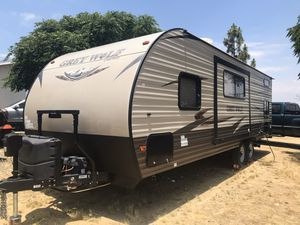 2017 Forest River Cherokee Grey Wolf 23-DBH for Sale in Perris, CA