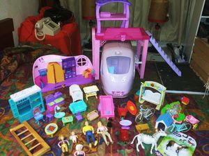 RV, LEVER HOUSE,GAZEBO FAMILY Dolls AND PET INDOOR. & OUT DOOR ACCESORSORIES for Sale in Dallas, TX