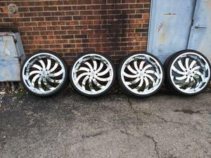 "22"" Chrome Gima rims Atturo tires Tpms sensors excellent shape 5x120 for Sale in Bolingbrook, IL"