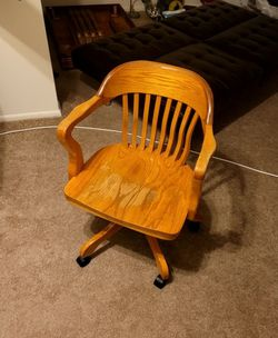 Chair for Sale in St. Louis,  MO