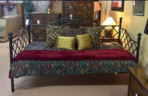 Black Metal Twin Size Day Bed for Sale in Lehighton, PA