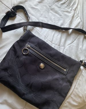 Authentic Coach purse for Sale in Sanger, CA