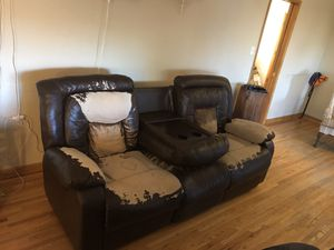Electric Reclining Couch for Sale in Lakewood, CO