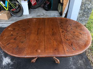 Dining room table solid wood for Sale in Fort Lauderdale, FL