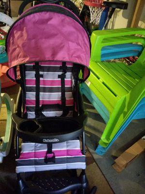 Baby girl stroller, must pick up for Sale in Camden, NJ