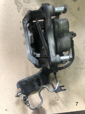 Brake caliper Infiniti G37 2010 for Sale in Coral Gables, FL