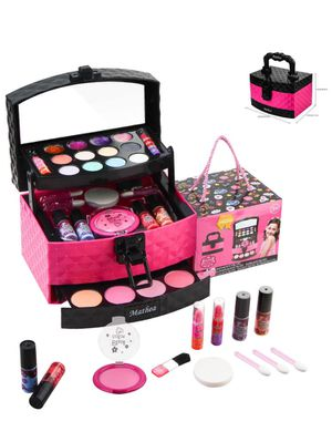 Washable makeup toy set for Sale in Houston, TX