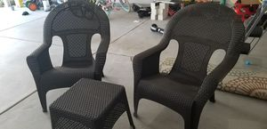 Large plastic wicker set with table... for Sale in Alpharetta, GA