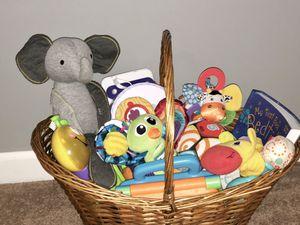 Basket O' Toys ❤️❤️❤️ so cute! for Sale in Gallatin, TN