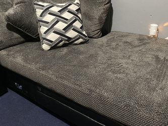 Sofa Chaise for Sale in Palmer,  TX