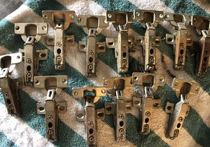 13 Kitchen Cabinet Hinges for Sale in Pleasanton, CA