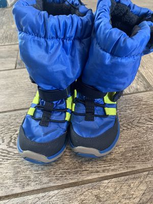 Stride Rite Made 2 Play Toddler Boys Snow Boots for Sale in Los Angeles, CA