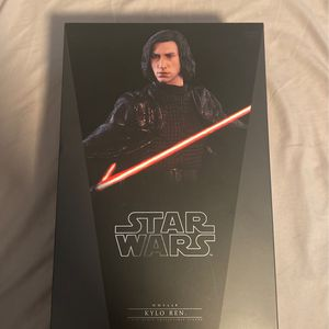 Hot Toys Kylo Ren for Sale in Lakewood, CA