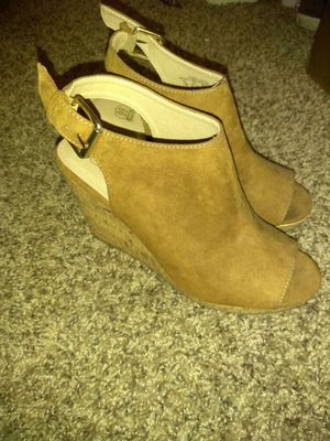 Peek toe wedges (taupe) for Sale in Lodi, CA