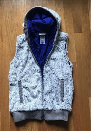 Patagonia fake fur vest jacket for Sale in Bothell, WA