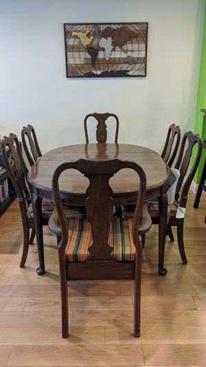 Wooden dining table with 6 chairs for Sale in Sunnyvale, CA