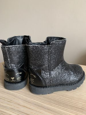 Toddler size 5 Carter's boots for Sale in Des Plaines, IL