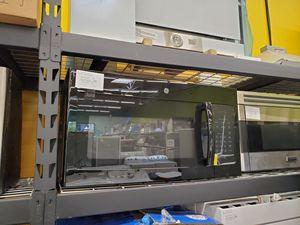GE OTR Microwave for Sale in Los Angeles, CA