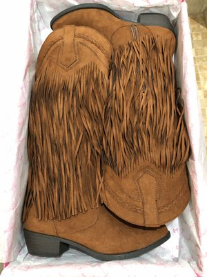 Suede Qupid Fringe Cowboy Boots size 6.5 for Sale in Pflugerville, TX