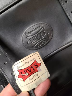 Levy's Acoustic Guitar LM20 Leather Case for Sale in Strongsville, OH
