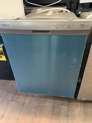 New Frigidaire stainless steel dishwasher for Sale in Los Angeles, CA
