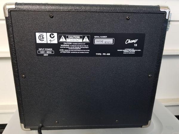 Squier Champ 15 Combo Guitar Amplifier
