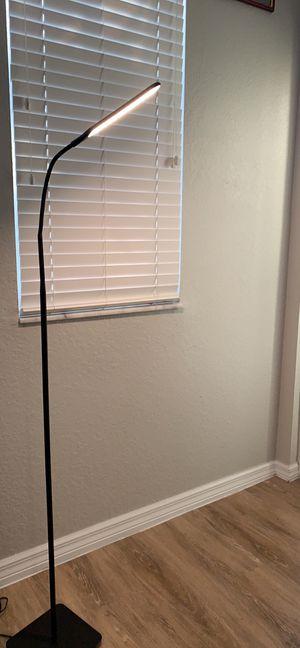 Floor lamp for Sale in Davie, FL