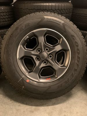 NEW Jeep Rubicon Gladiator Wheels Rims Tires Rines OEM Factory 2020 for Sale in Inglewood, CA
