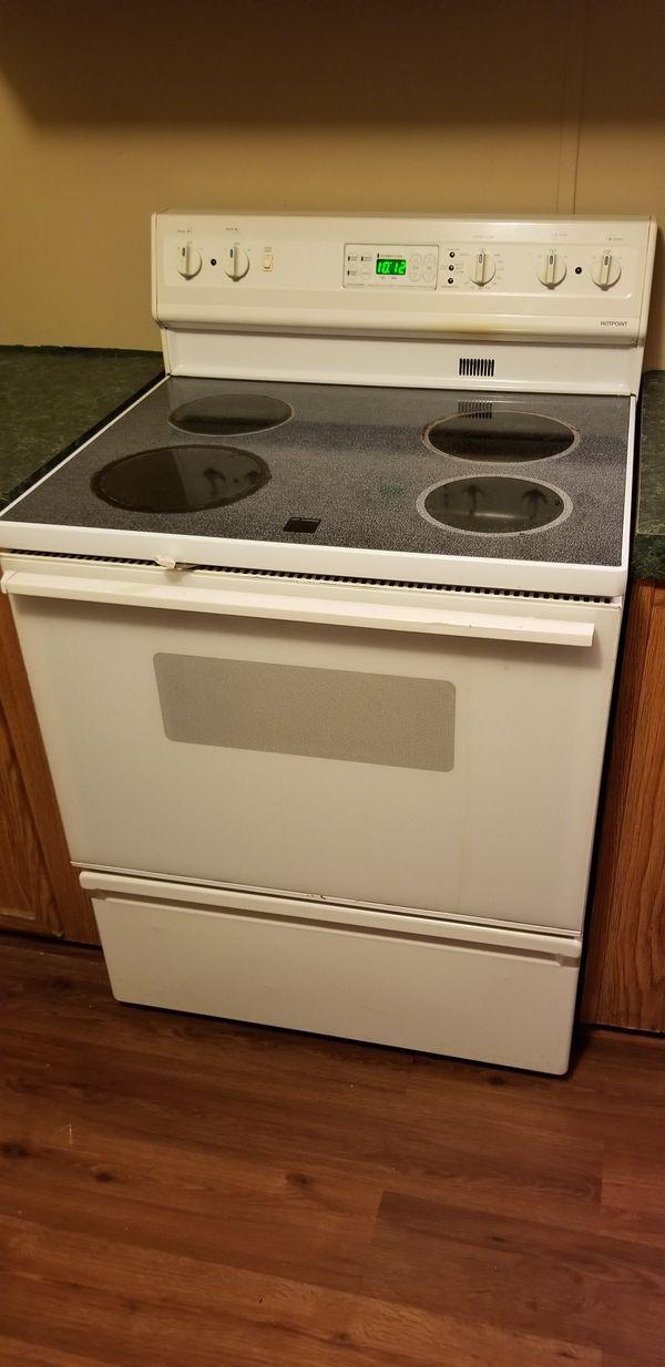 Hotpoint stove range