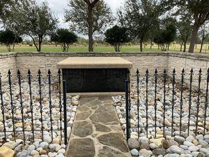 Private Mausoleum for 2 people for Sale in La Feria, TX