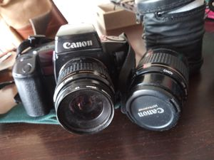 Canon eos film camera with extra lense and bag for Sale in Apple Valley, CA
