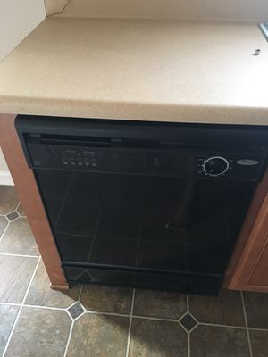 Moving Sale-Black Whirlpool Stove and Dishwasher for Sale in La Vergne, TN