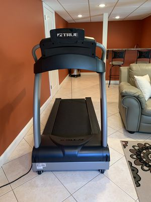 True treadmill performance 300 for Sale in Windham, NH