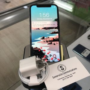 Factory unlocked iPhone x 64 gb, excellent conditions store warranty for Sale in Somerville, MA