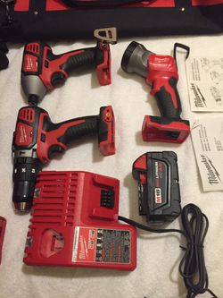 Never Used Milwaukee 18 Volt Lithium Cordless Kit for Sale in Boulder City,  NV